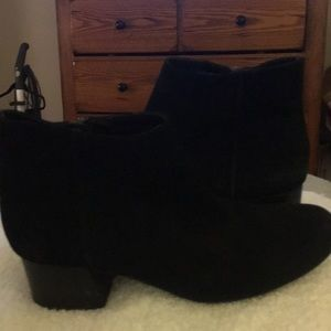 Kenneth Cole Reaction Road Stop suede ankle boots